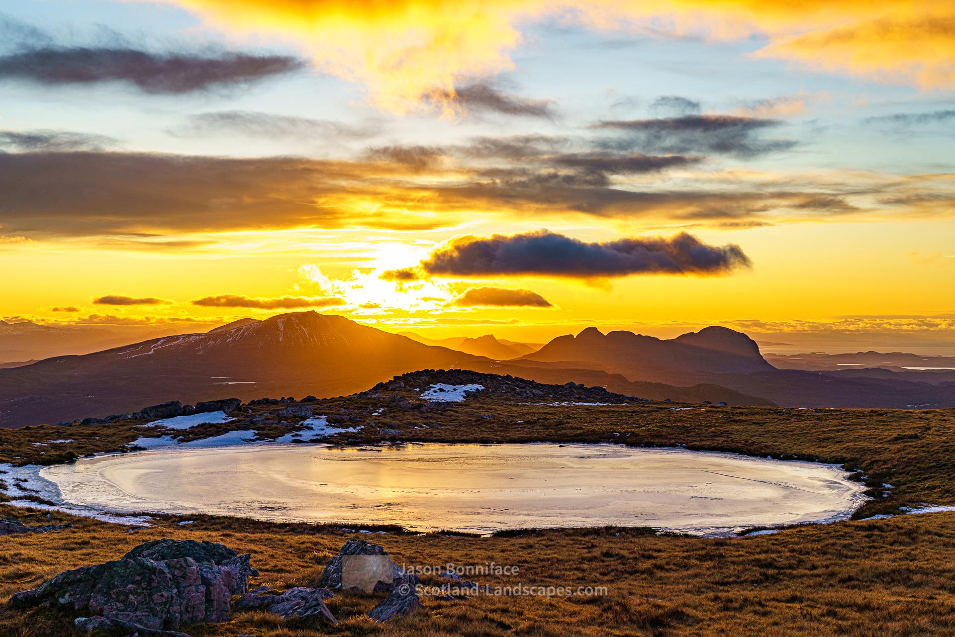Frozen Sunset, Glas Bheinn Summit Plateau, Assynt & Ullapool